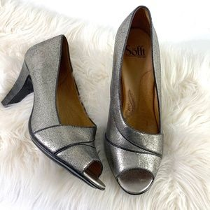 Sofft leather pumps heels metallic silver open toe